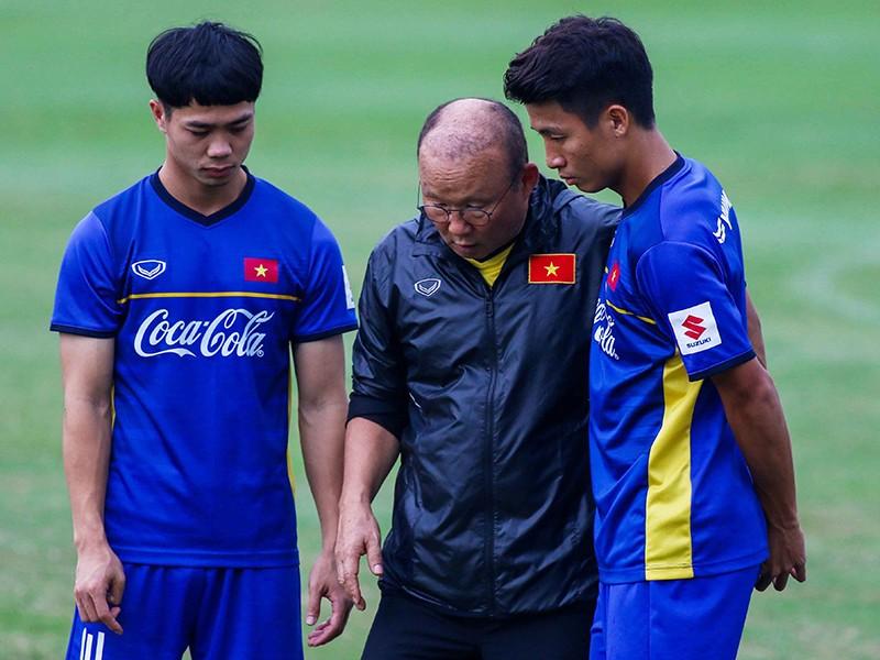 Dời AFF Cup 2020, thầy Park lợi bất cập hại - ảnh 1