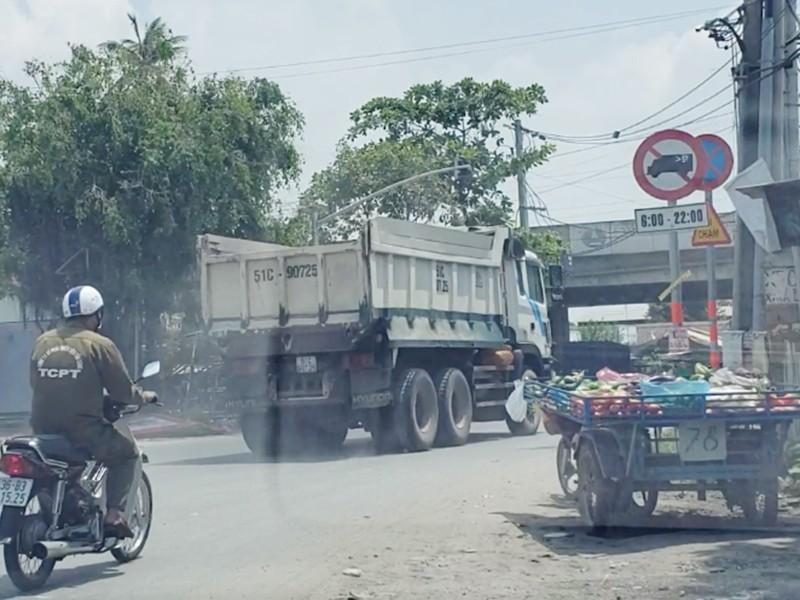 Đường Nguyễn Duy Trinh: 'Hung thần' phóng bạt mạng vào giờ cấm - ảnh 3