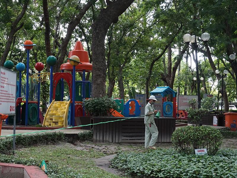 TP.HCM: không tụ tập đông người ở công viên - ảnh 1