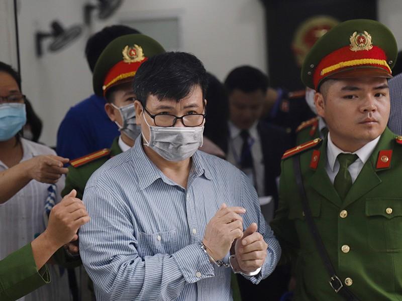 Y án 10 năm tù cựu nhà báo Trương Duy Nhất - ảnh 1