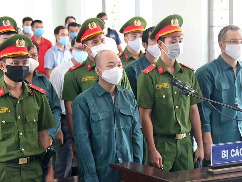 VKS: Cựu phó chủ tịch Phan Thiết quanh co, chối tội - ảnh 1