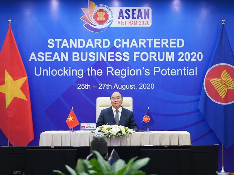 Thủ tướng dự Diễn đàn Kinh doanh ASEAN Standard Chartered 2020 - ảnh 1