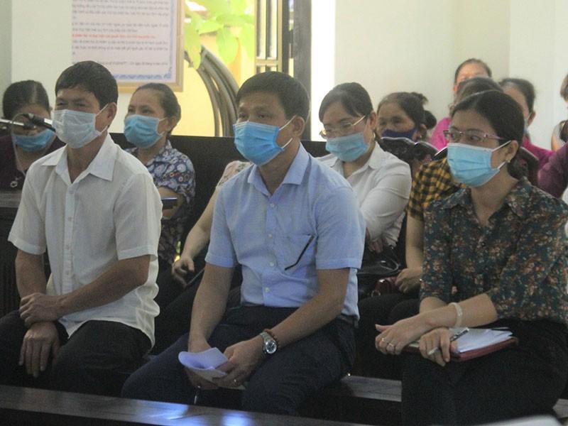 Cựu chủ tịch phường kêu oan bị đề nghị hơn 6 năm tù - ảnh 1