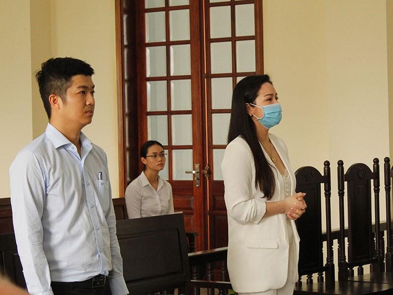 Chưa xong vụ ca sĩ Nhật Kim Anh đòi nuôi con - ảnh 1