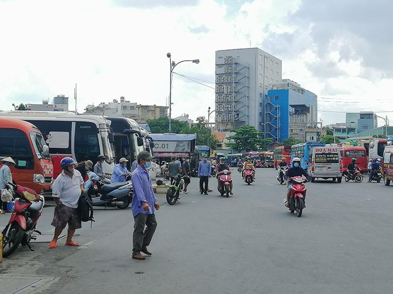 Bến xe, nhà ga TP.HCM đồng loạt thông tuyến tới Đà Nẵng - ảnh 1