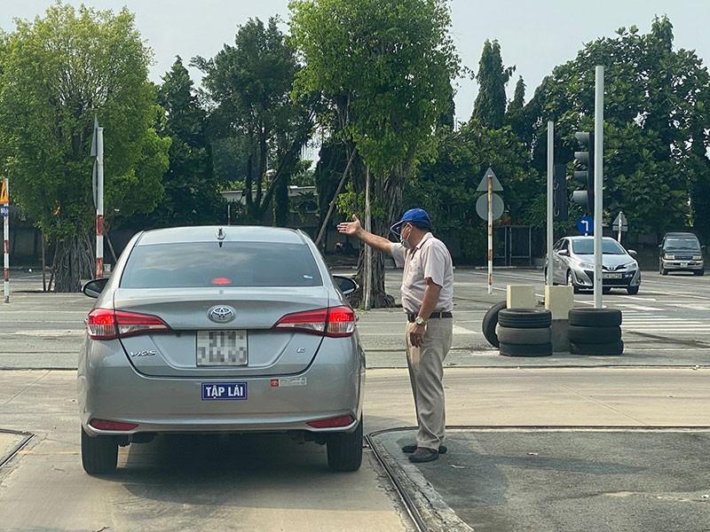 Luật Giao thông đường bộ sẽ không quy định cấp bằng lái xe - ảnh 1