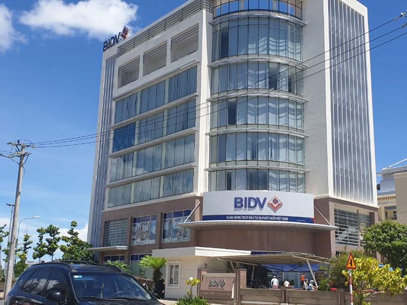 Phú Yên: Bắt 5 cán bộ ngân hàng - ảnh 1