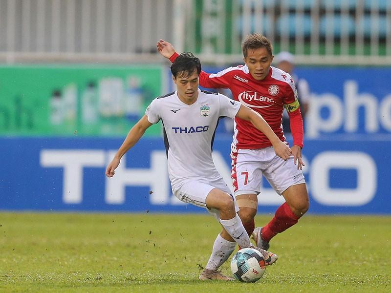 Bầu Đức thở phào, Sài Gòn FC vô địch lượt đi - ảnh 1