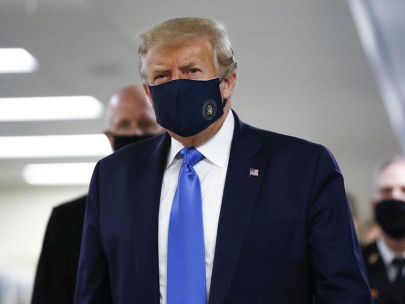 Bị nhiễm COVID-19, ông Trump gặp bất lợi trong bầu cử - ảnh 1