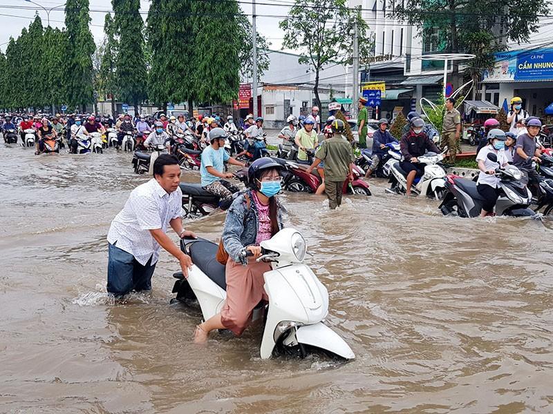 Chống ngập đô thị ở miền Tây: Nước đã đến chân - ảnh 2