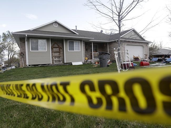 Mẹ ruột giết chết sáu đứa con, giấu xác trong gara - ảnh 2
