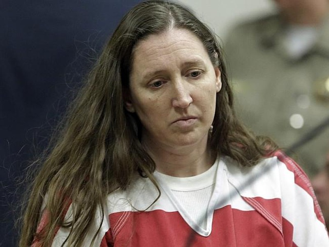 Mẹ ruột giết chết sáu đứa con, giấu xác trong gara - ảnh 1