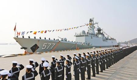 Nga 'nhúng tay' giúp đóng tàu Trung Quốc? - ảnh 1