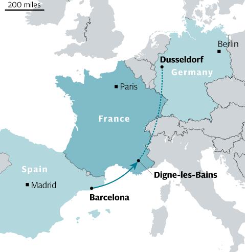 Máy bay rơi tại Pháp: Đã tìm thấy một hộp đen máy bay - ảnh 14