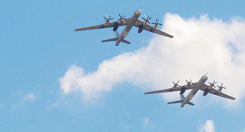 Máy bay hạt nhân Nga áp sát không phận Mỹ? - ảnh 1