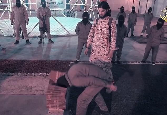 """Nhà nước Hồi giáo rèn """"chiến binh nhí"""" trong lồng sắt  - ảnh 5"""
