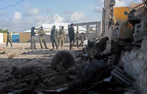Đánh bom khách sạn Somali, 15 người thiệt mạng - ảnh 1