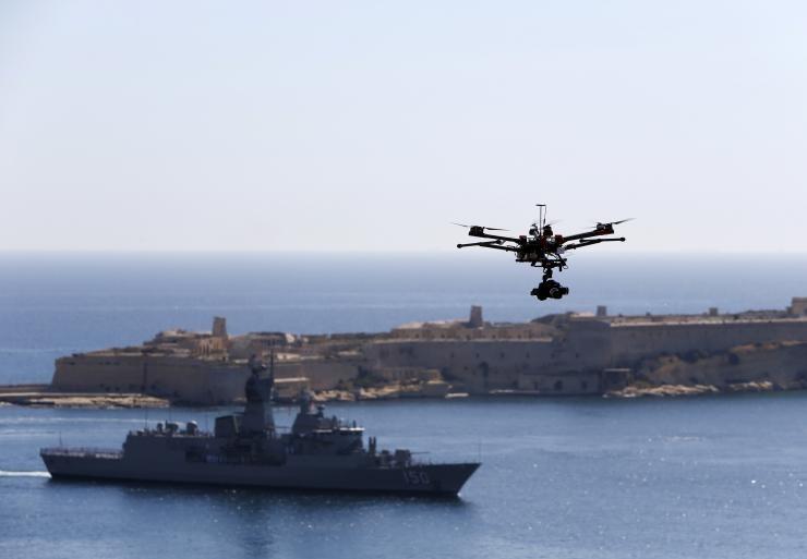 IS chế tạo máy bay không người lái có vũ trang - ảnh 1