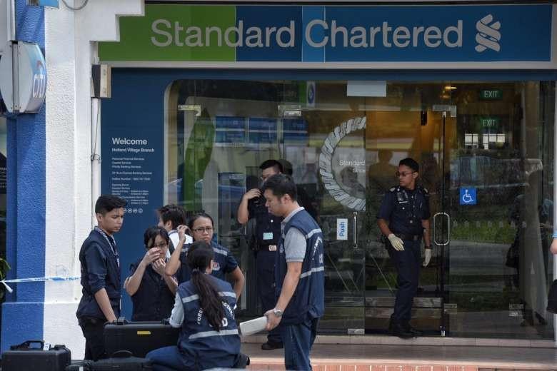 Cướp Ngân hàng Standard Chartered chấn động Singapore - ảnh 1
