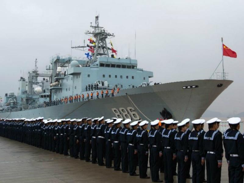 Đội tàu hải quân Trung Quốc rầm rộ thăm Campuchia - ảnh 1