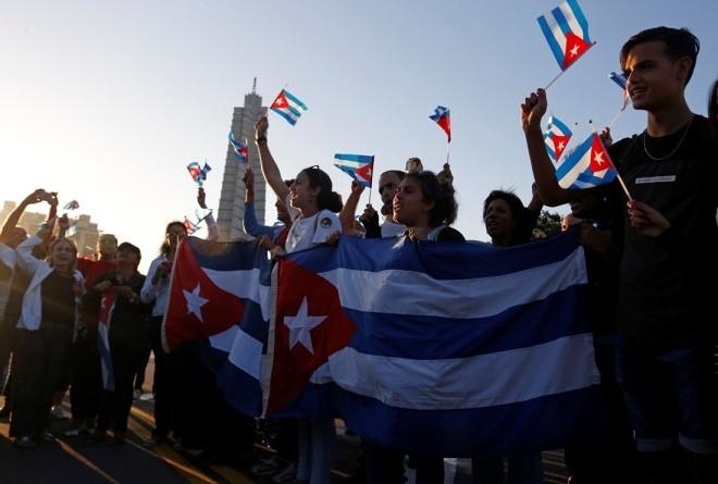 Đưa lãnh tụ Fidel Castro về nơi an nghỉ cuối cùng - ảnh 4