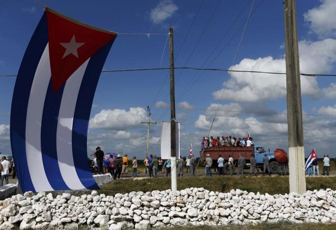 Đưa lãnh tụ Fidel Castro về nơi an nghỉ cuối cùng - ảnh 11