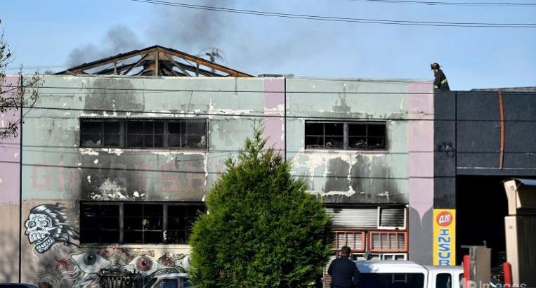 Cháy lớn tại tiệc tối ở California, 9 người chết - ảnh 1