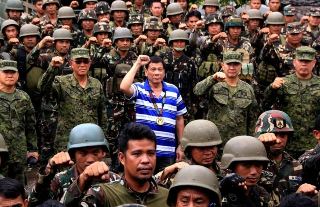 Ông Trump khen chiến dịch chống ma túy của ông Duterte - ảnh 3