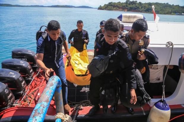Máy bay M-28 của Indonesia gặp nạn khi đang chở theo 13 người.