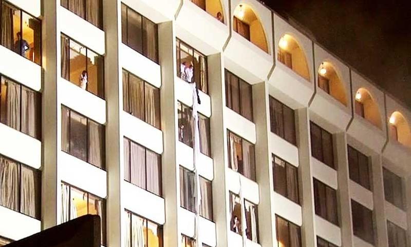 Cháy khách sạn Pakistan: Ít nhất 11 người chết - ảnh 1