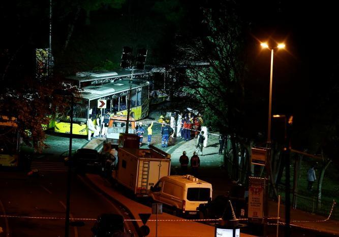 Đánh bom kép giữa Istanbul, 29 người thiệt mạng - ảnh 2