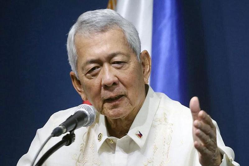 Philippines nói 'không thể cản' quân sự hóa Biển Đông - ảnh 1