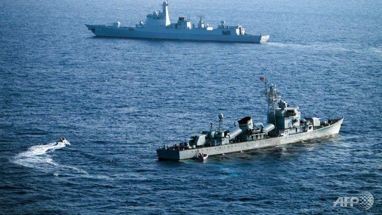 Trung Quốc hứa trả lại Mỹ tàu ngầm không người lái