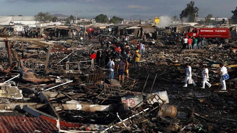 Nổ chợ pháo hoa Mexico, ít nhất 26 người chết - ảnh 1