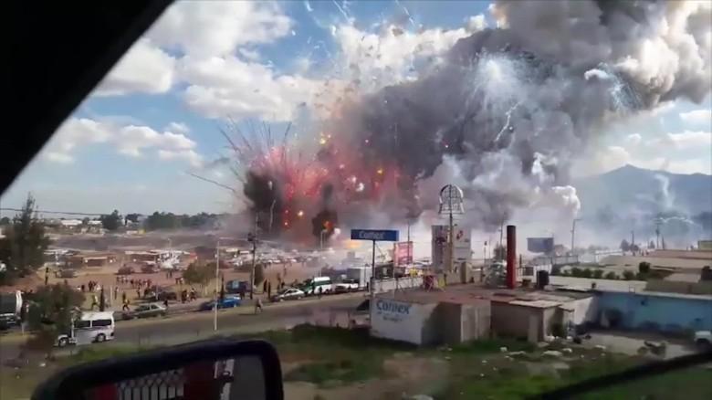 Nổ chợ pháo hoa Mexico, ít nhất 26 người chết - ảnh 2