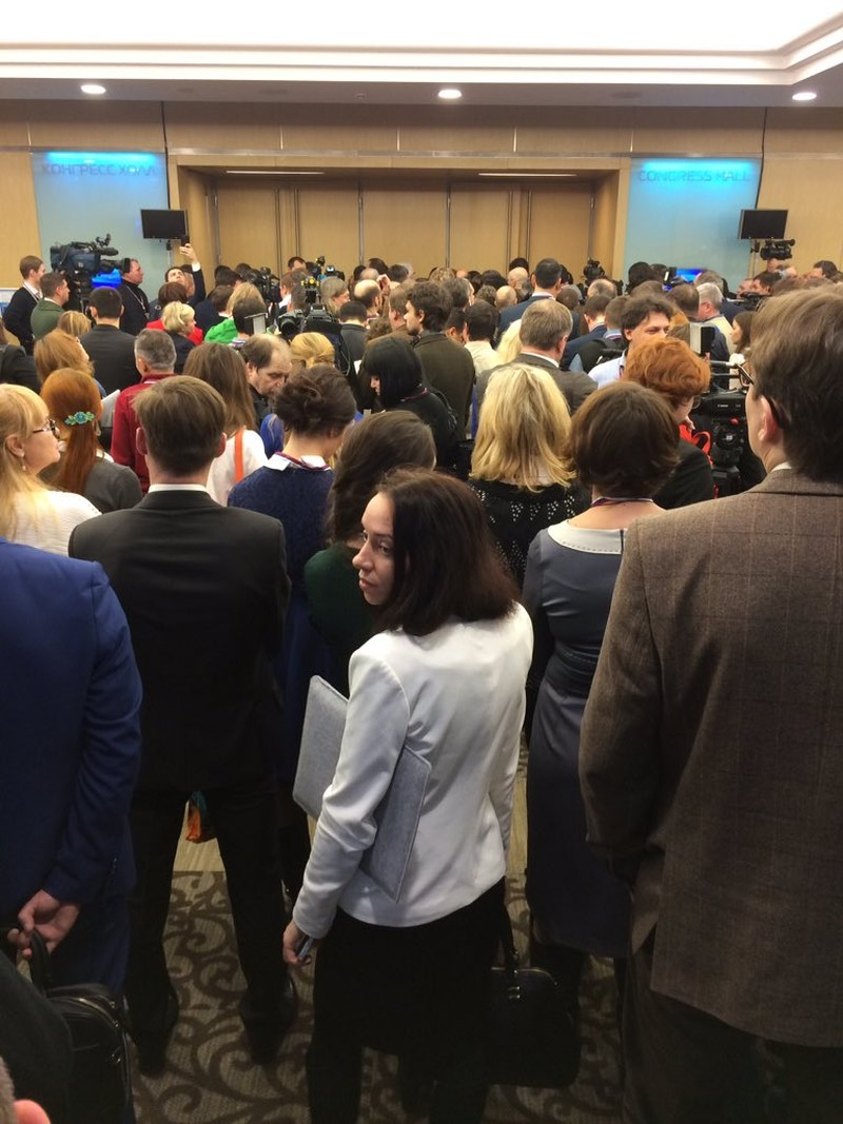 Putin họp báo cuối năm, đối mặt 1.400 phóng viên - ảnh 1