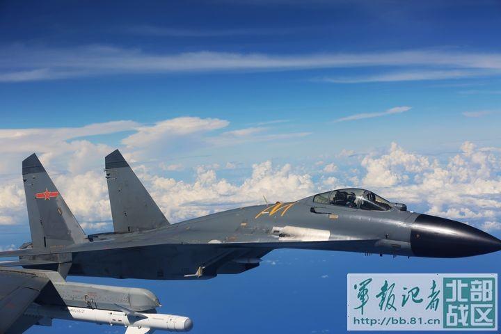 Trung Quốc thử nghiệm tên lửa mới cho chiến đấu cơ - ảnh 1