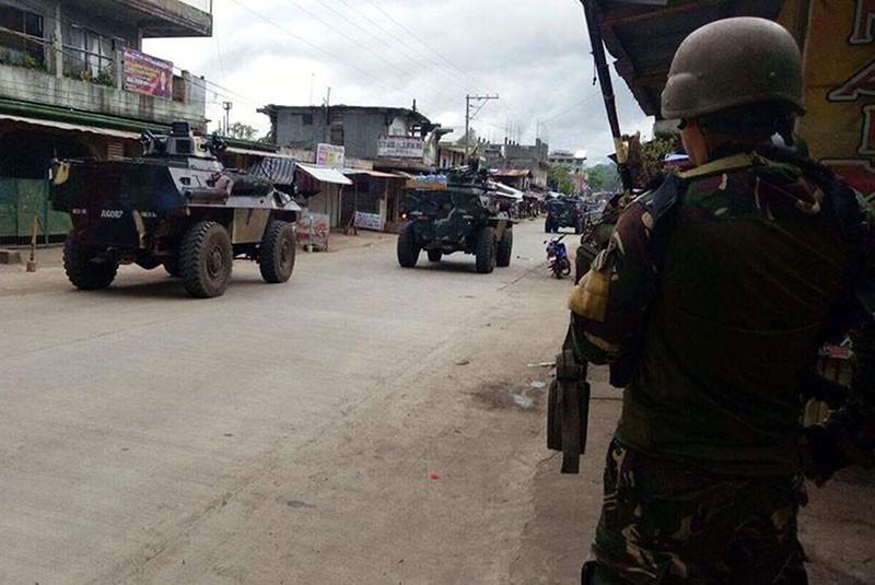 Ba mũi tiến công tái chiếm TP Philippines từ khủng bố - ảnh 4