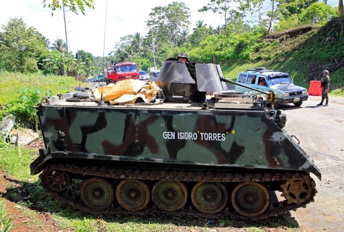 Ba mũi tiến công tái chiếm TP Philippines từ khủng bố - ảnh 2