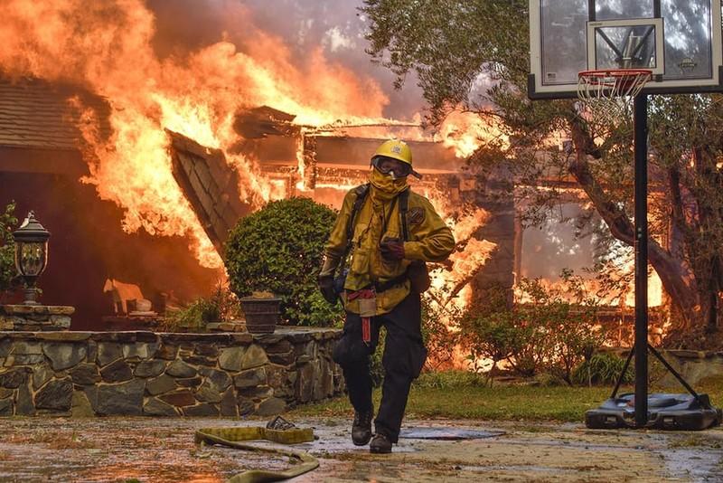 Cháy rừng California: Tình trạng khẩn cấp ở quận Cam - ảnh 4
