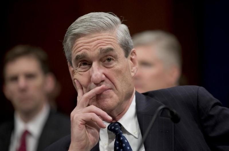 FBI rút mật vụ phản đối ông Trump khỏi đội điều tra - ảnh 1