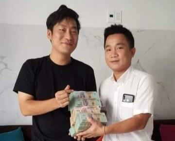 1 chủ nhà hàng trả lại 1,6 tỉ đồng cho du khách Hàn Quốc - ảnh 1