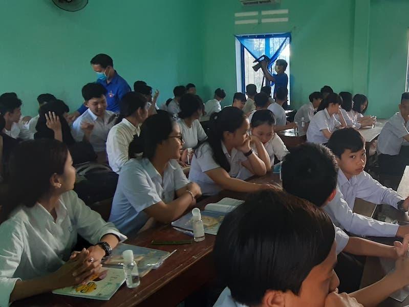 Quảng Nam cho học sinh nhiều huyện nghỉ học - ảnh 1