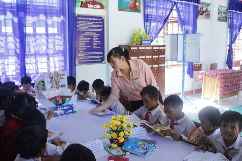 Quảng Ngãi: Truy tìm kẻ giả văn bản cho học sinh nghỉ học - ảnh 1