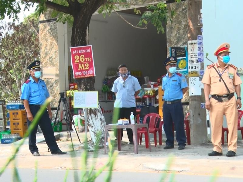 Quảng Nam lập 8 chốt kiểm soát, dừng các hoạt động vận tải - ảnh 1