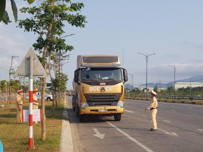 Quảng Nam kiến nghị dừng khai thác tàu lửa chở khách - ảnh 1
