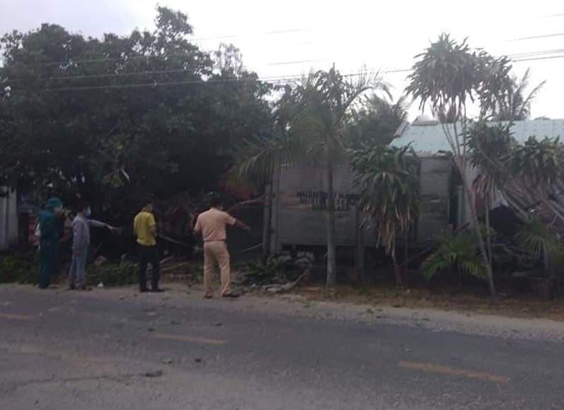 Xe tải tông 3 người tập thể dục thương vong - ảnh 1