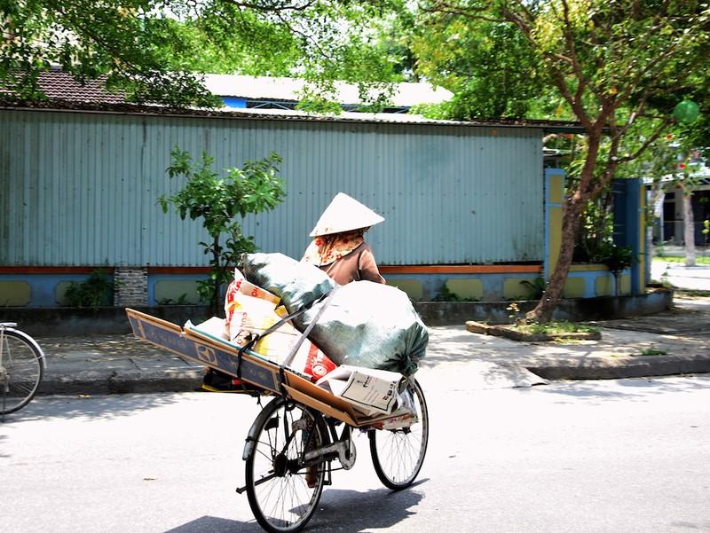 ATM lương thực làm ấm lòng người nghèo Quảng Nam - ảnh 9