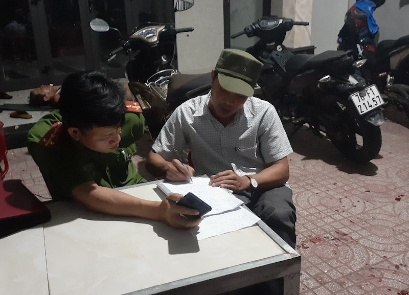 Công an điều tra vụ 3 cha con bị hàng xóm chém ở Quảng Ngãi  - ảnh 1