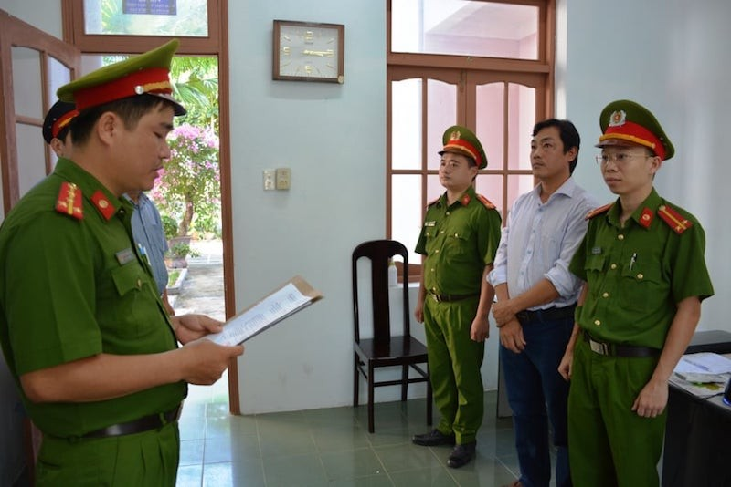 Nhận hối lộ, 2 cán bộ Chi cục Thủy sản Quảng Nam bị khởi tố - ảnh 2